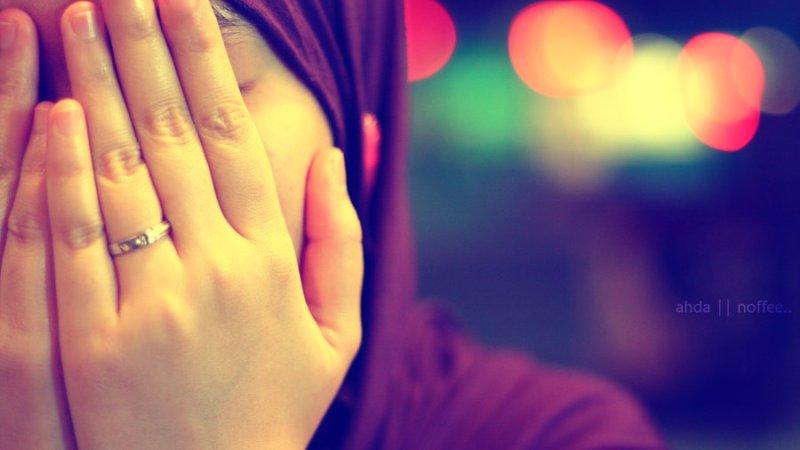 Ada Wanita Lain yang Begitu Suamiku Perhatikan…
