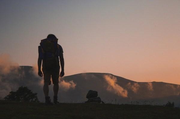 Panduan Mendaki Gunung