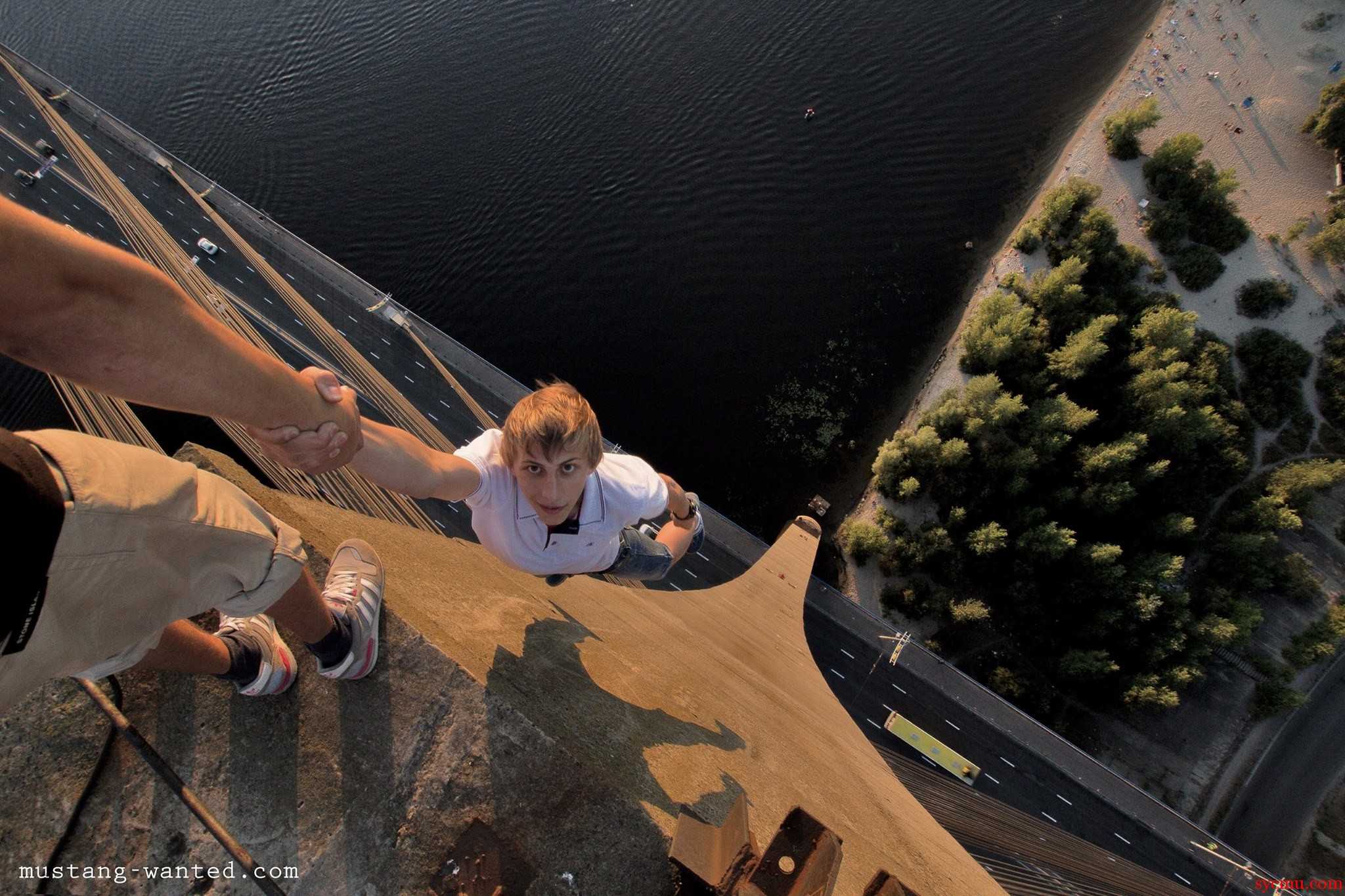 hanging from 160 meters