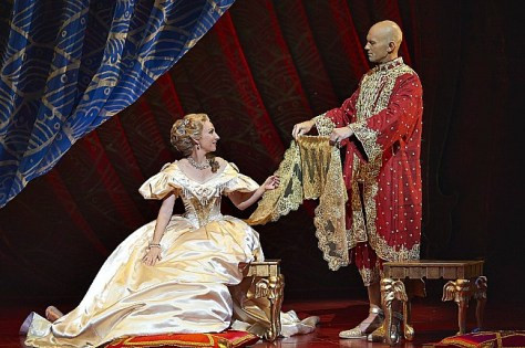 Lisa McCune (Anna Leonowens) and Teddy Tahu Rhodes (King of Siam) in THE KING AND I. Pic Brian Geach