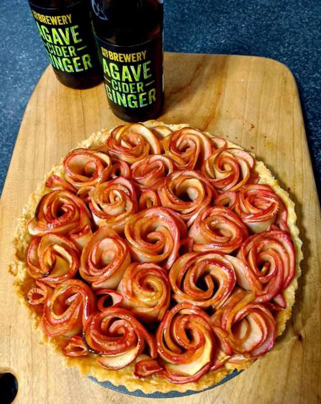Apple Tart with Agave Ginger Caramel