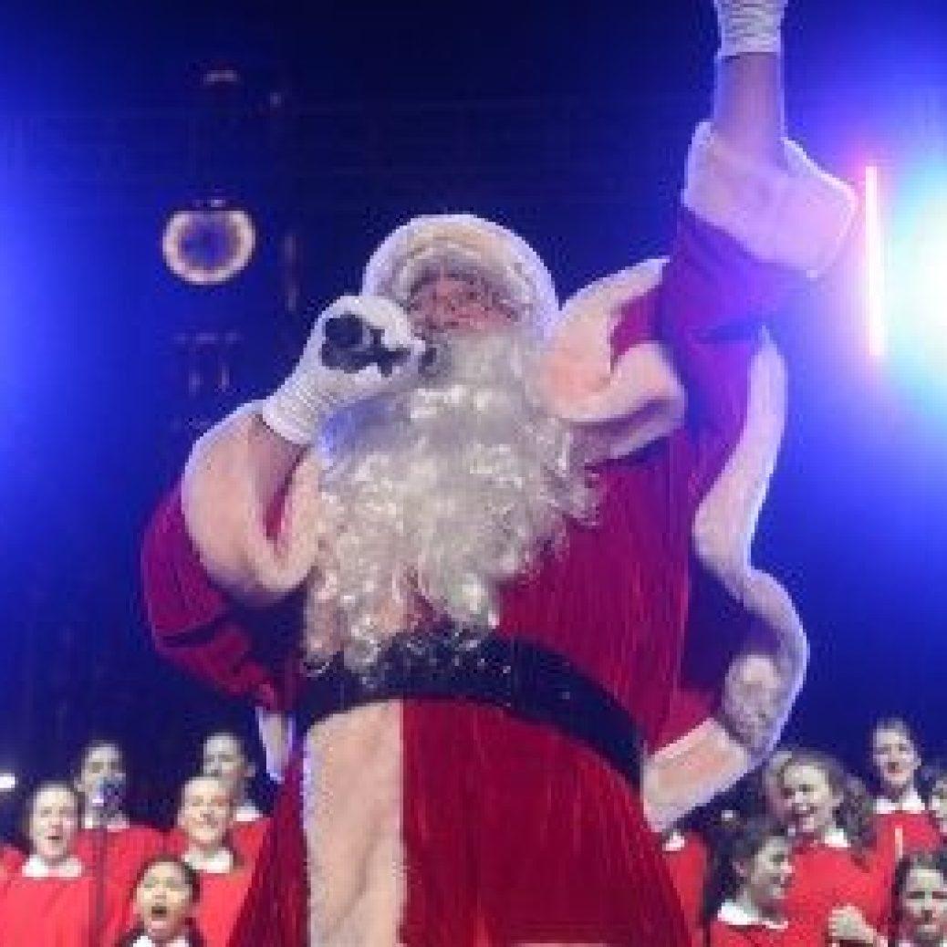 Christmas_Martin Place_Mark Metcalfe_2 620x256