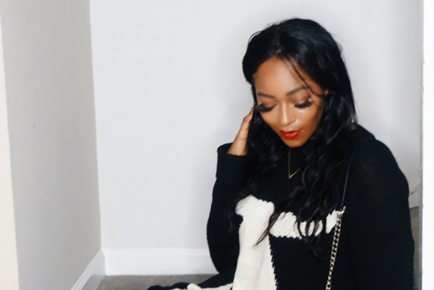 SMYM Fireside Sweater + The Perfect Red Lips | Sydni Denise