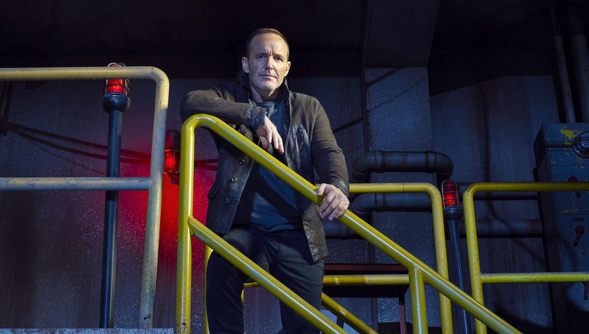 Clark Gregg Calls Coulson The Cockroach Of The MCU Ahead