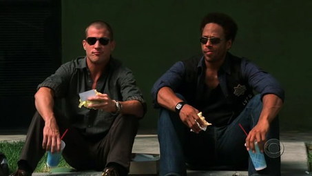 Nick-and-Warrick-Eating-Lunch-csi-1037739_453_255