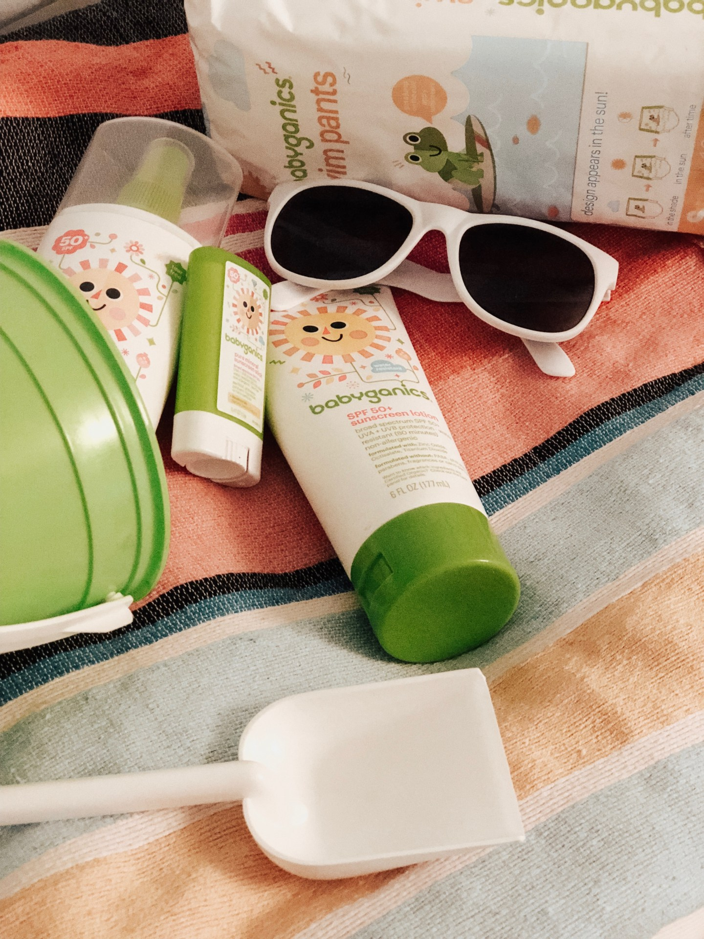 HEALTH: BEST KID & BABY SUN SAFETY TIPS featured by popular San Francisco lifestyle blogger Sylie In The Sky