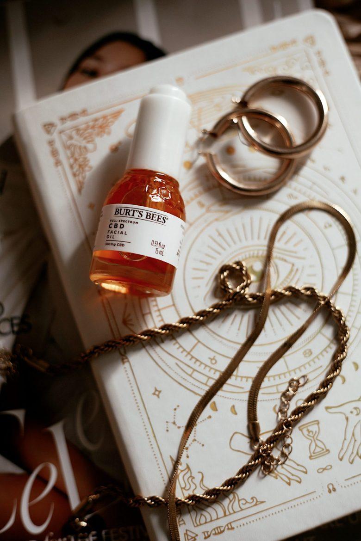 Burts Bees CBD Skincare by popular San Francisco beauty blog, Sylvie in the Sky: image of Burts Bees CBD facial oil.