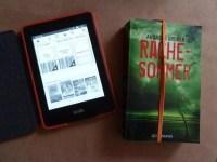 Taschenbuch und eBook-Reader