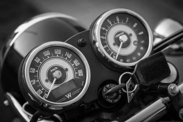 Motorrad-Tacho
