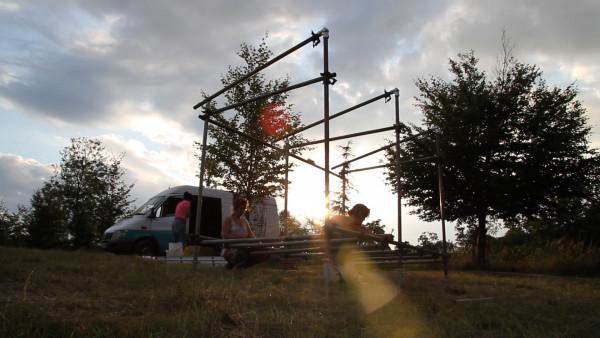 photo 04_build scaff