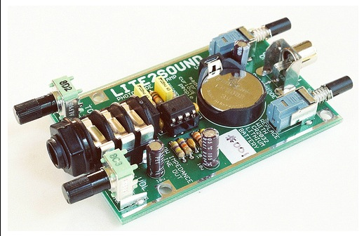 light-to-sound-synthesizer