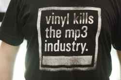 vinyl-records-kill-mp3s