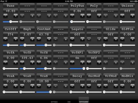 iMinimoogV iPad