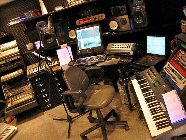 Studio Porn - Chris Zippel's Studio