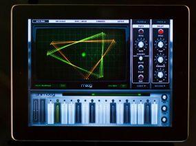 animoog-ipad-synthesizer