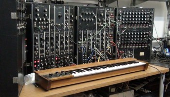 Moog 907A Fixed Filter Bank vs Modern Clone – Synthtopia