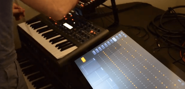 chris-randall-touchscreen-seqeuncer