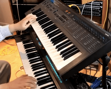 action-soundtrack-synth-jam