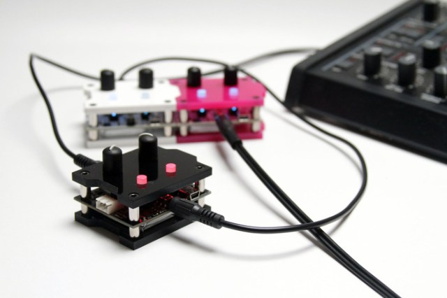 patchblocks-programmable-mini-synthesizer-modules