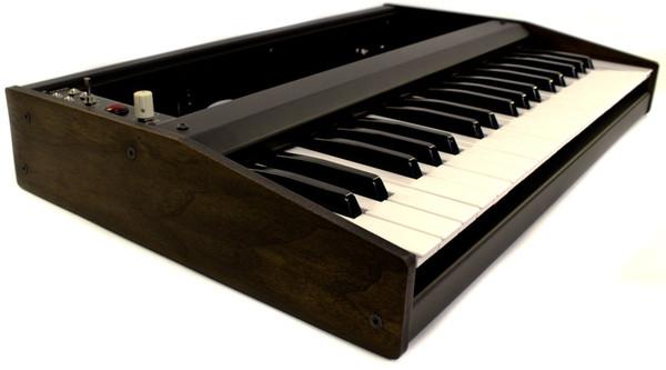 super37 eurorack keyboard controller synthtopia. Black Bedroom Furniture Sets. Home Design Ideas