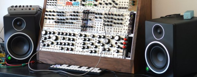women s synth workshop set for may 10th in nyc synthtopia. Black Bedroom Furniture Sets. Home Design Ideas