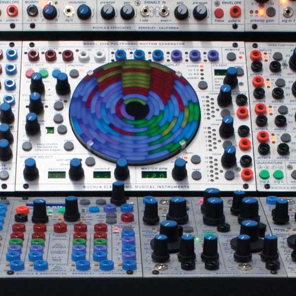 Buchla-252e-in-200e-system-close-up