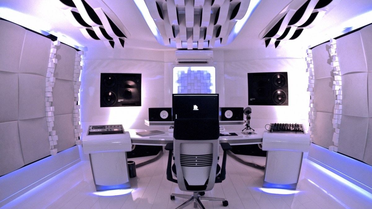 if stanley kubrick designed a synth cave in space it would look like this synthtopia. Black Bedroom Furniture Sets. Home Design Ideas