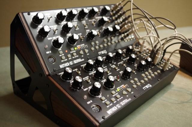 Knobcon Moog Mother 32 - 1
