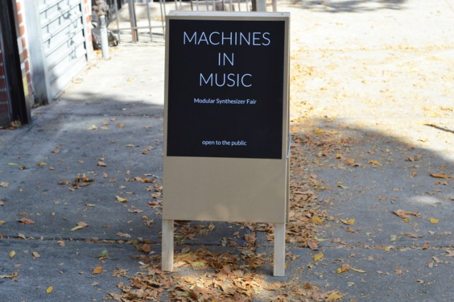 machines-in-music-sign