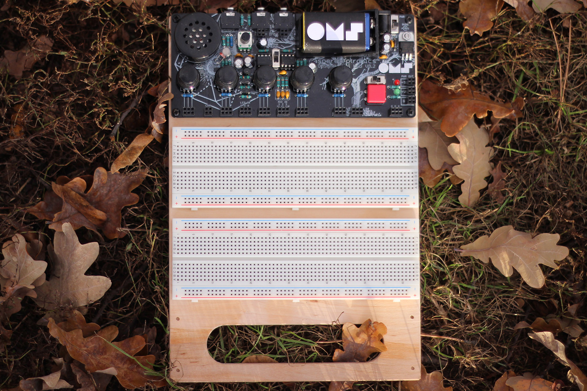 Casper Electronics Intros OMSynth MiniLab Modular Synth DIY