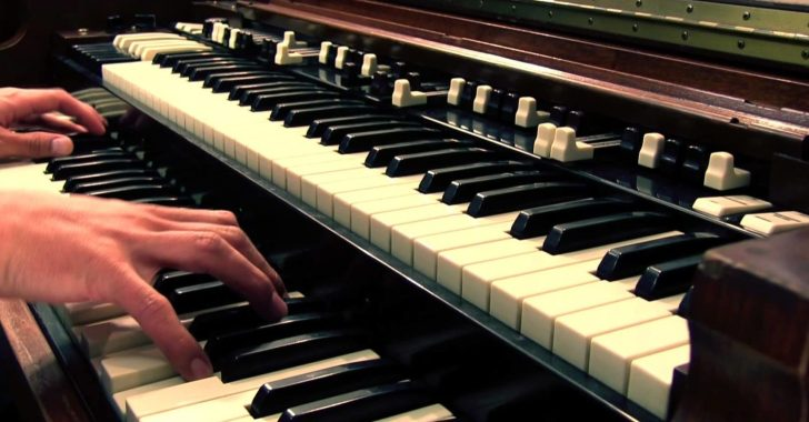 Manual Vocoding On A Hammond Organ | Synthtopia