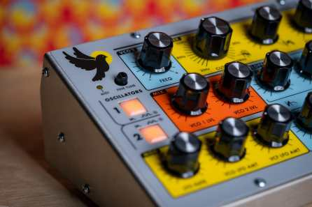 Moog-Sirin-angle-left-closeup