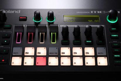 Roland-MC101-pads-closeup