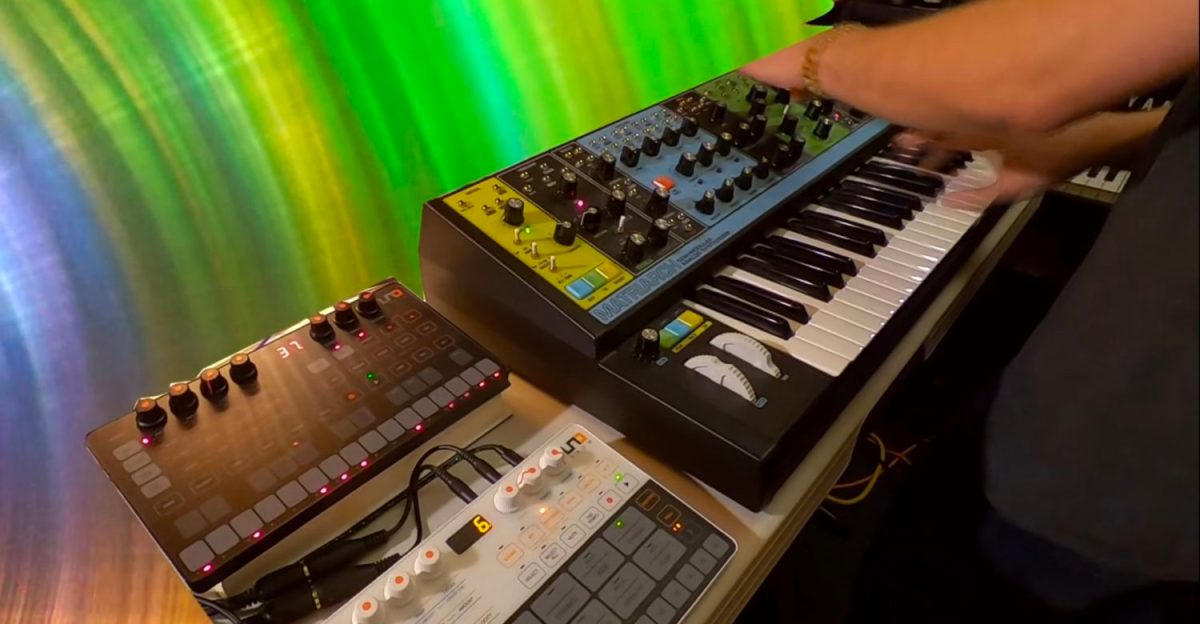 galactic synth jam at the stg soundlabs synthtopia. Black Bedroom Furniture Sets. Home Design Ideas