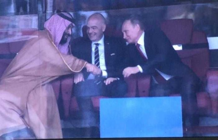 عندما يبتسم محمد بن سلمان لبوتين