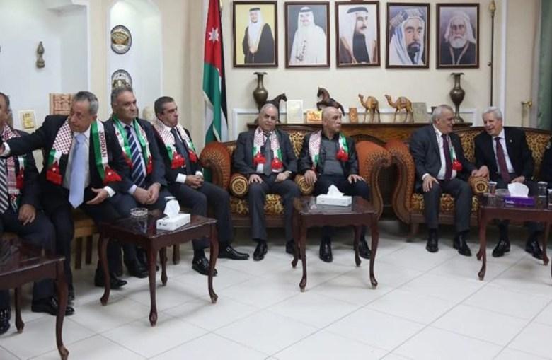 Une délégation de l'ordre des avocats syriens rencontre des membres de l'ordre des avocats jordaniens à Amman, le 24 janvier 2019 (image : Raad Adaileh)