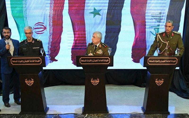 Le chef d'état-major des forces armées iraniennes, le général Bagheri, à gauche, avec le ministre syrien de la Défense, le général Ali Ayoub, au centre, et le général Osman Ghanemi, commandant des armées irakiennes lors d'une conférence de presse tenue le 18 mars 2019 à Damas (image SANA)