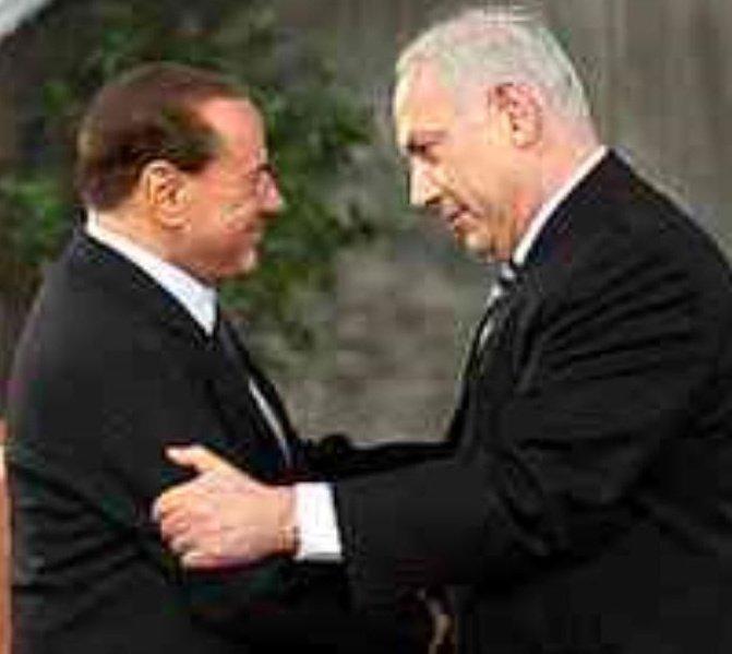 image-Cretino disgraziato Berlusconi had bisogna della carta geografica