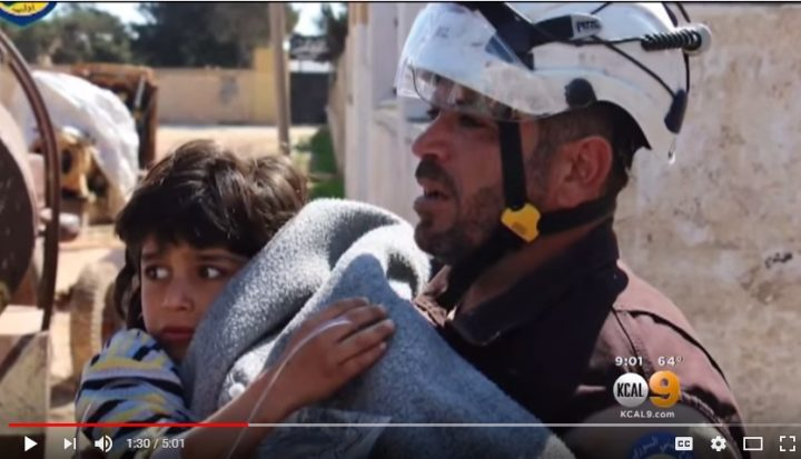 Another child terrified by the White Helmets fraud responders.