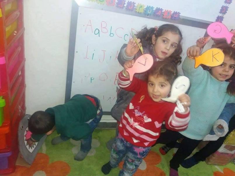 جانب من تعليم الأطفال، المصدر: مركز النساء الآن، فيسبوك.