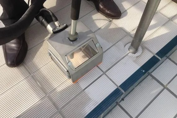pool tile cleaning machine cleaning