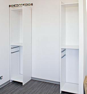 un placard en kit a portes coulissantes