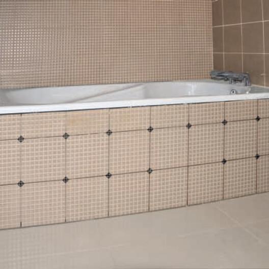 installation d une baignoire acrylique