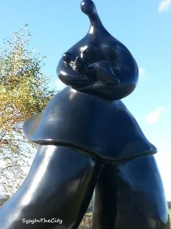 statue maman mont roucous