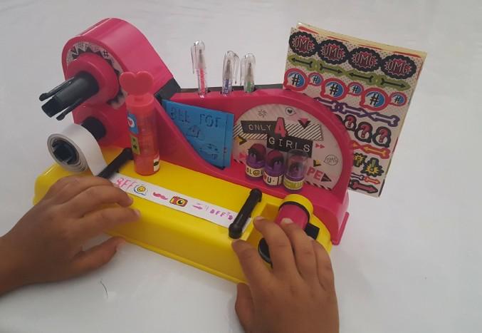sysyinthecity.com Canal toys tape machine