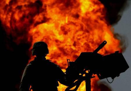 https://i2.wp.com/www.syti.net/Images/SoldatUSPetrole.jpg