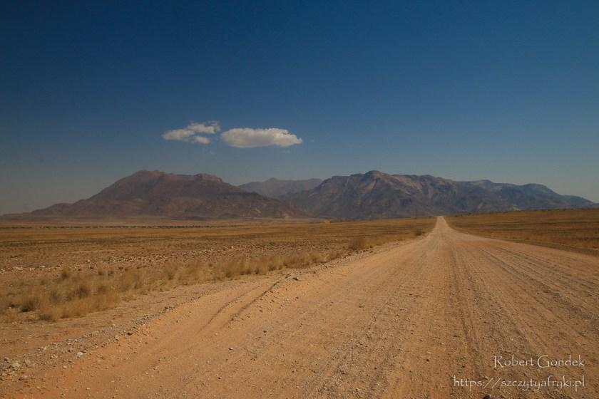 Droga przez Namibię