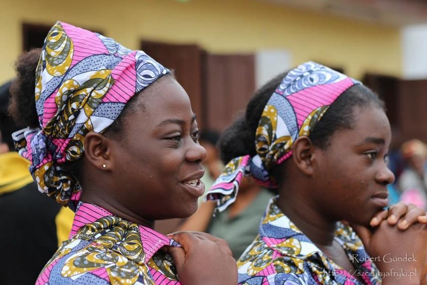 Na dworcu autobusowym w Makokou