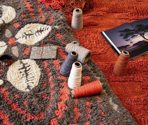 Wełniany dywan Cowrie Bracelet - afrykańska kolekcja - inspiracje afrykańskie