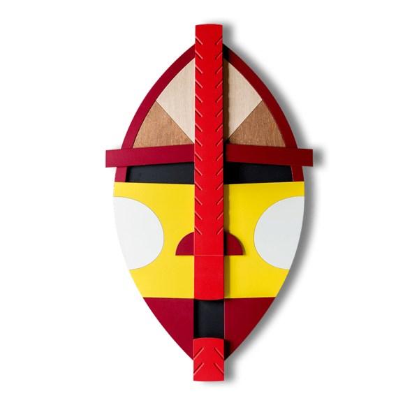 Drewniana kolorowa maska w afrykańskim stylu - Maasai